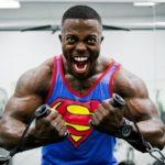 ジムで筋トレする人やスポーツ選手の肉体疲労(筋肉痛など)に効果が認められる CBD リキッド