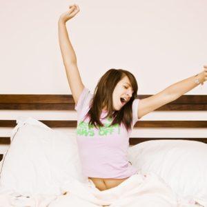 CBD で病院の治療薬には頼らない睡眠障害対策