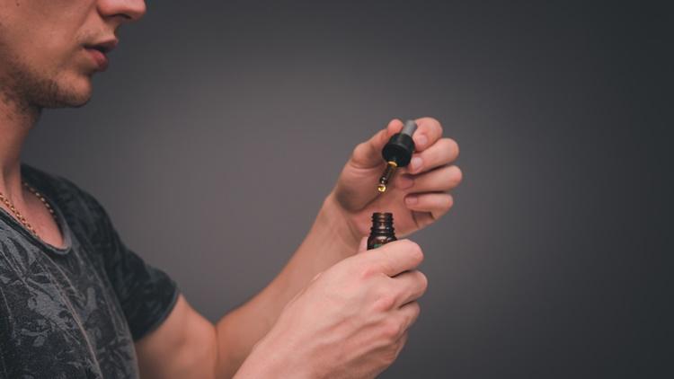 CBD オイルの正しい摂取方法と適切な摂取量