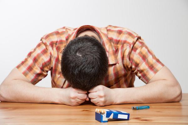 禁煙失敗して後悔する人